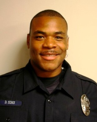 Image of Lee's Summit High School Resource Officer Darnell Sims