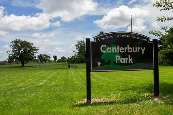 Image of Canterbury Park grounds and sign
